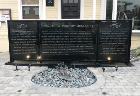 San Diego – Tuna fishing industry monument pays homage to those who served