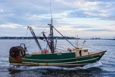 Coast Guard continues search for crew of Maine based fishing boat that sank off Massachusetts