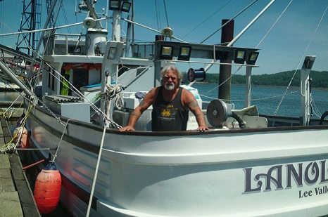 Coos Bay Fisherman Safe After Rescue By Students On Research Ship