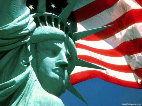 statue-of-liberty-with-flag