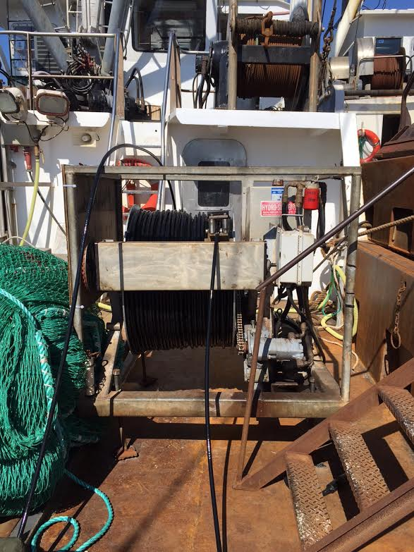 smast third wire winch for the wire that goes to the cameras