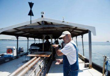 clam boat Atlantic Clam Farms
